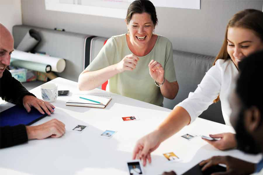 real-benefits-group-team-building-office-trivia