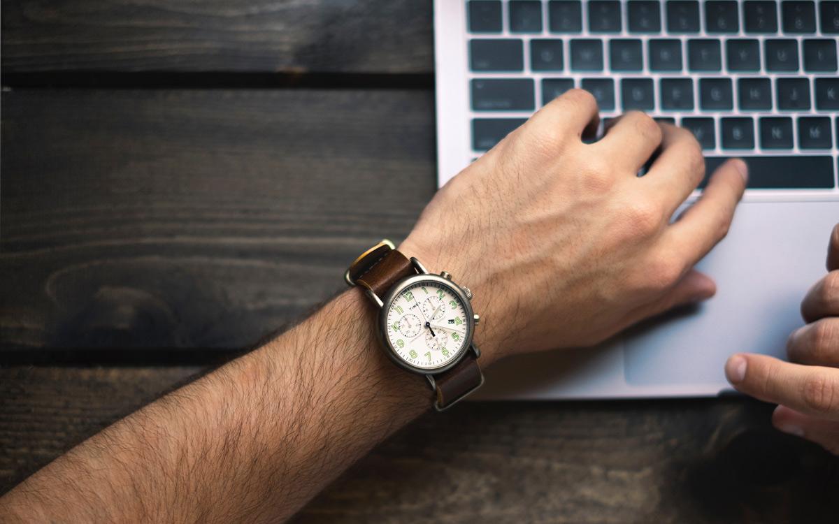Flexible-Schedules-Laptop-Aliat