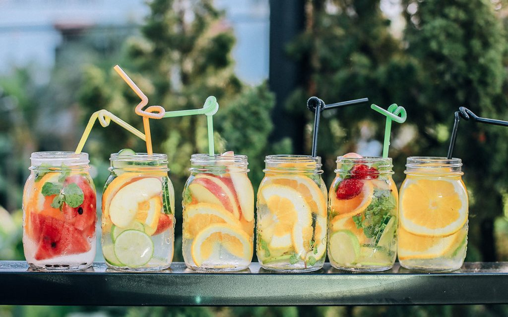fruit-infused-water-bendy-straws-aliat