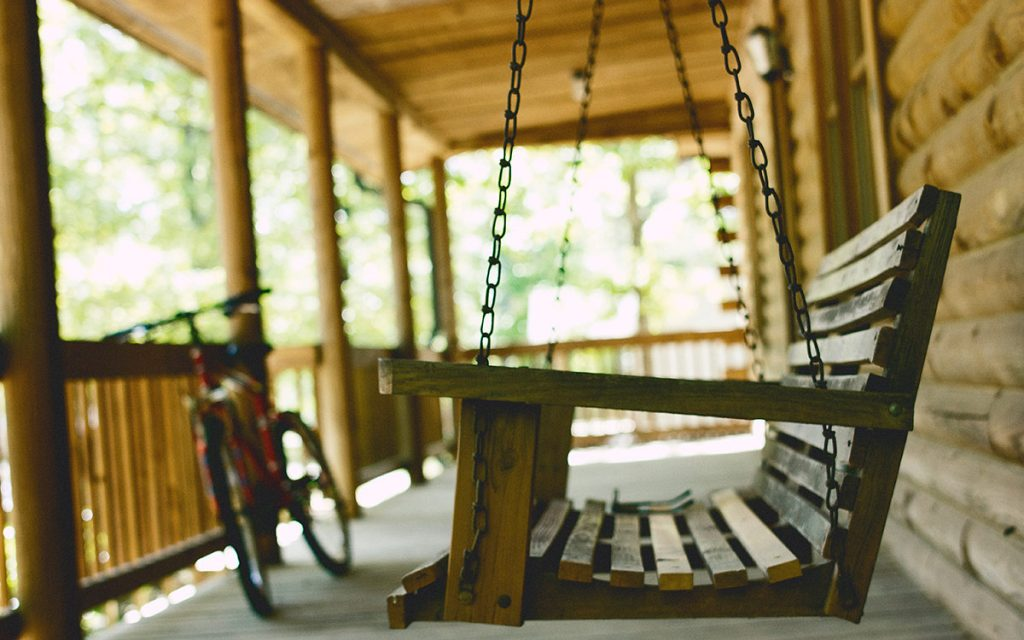 summer-vacation-cabin-porch-swing-bike-aliat