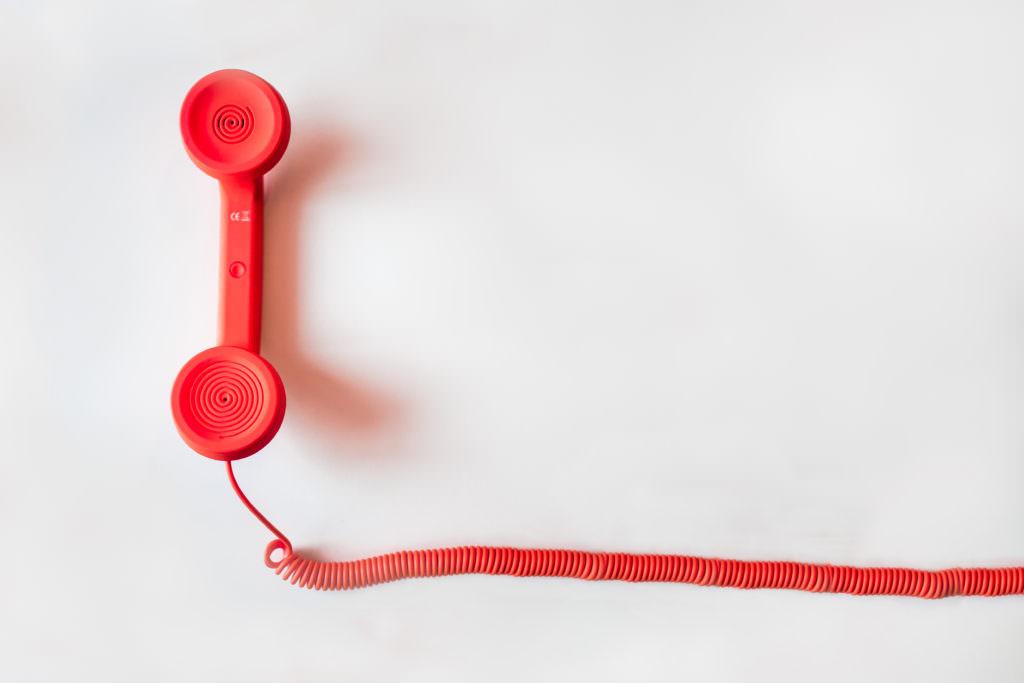 plastic_red_telephone_telemedicine
