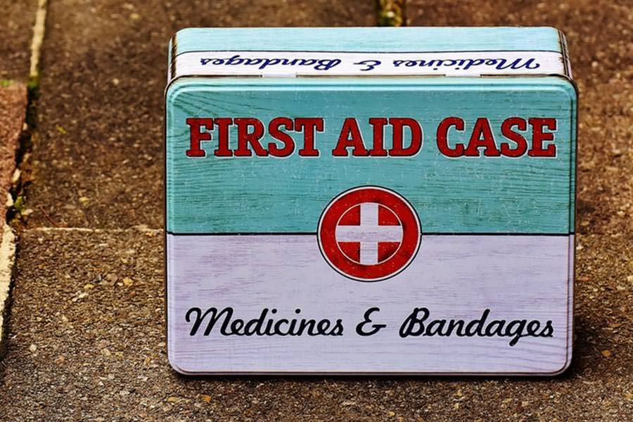 holiday-gift-ideas-first-aid