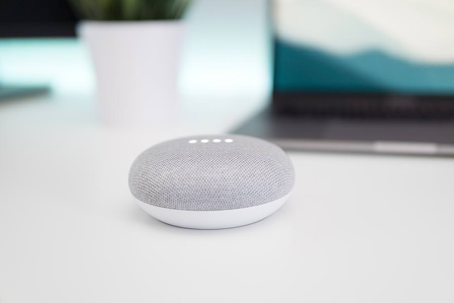 holiday-gift-ideas-mini-speaker
